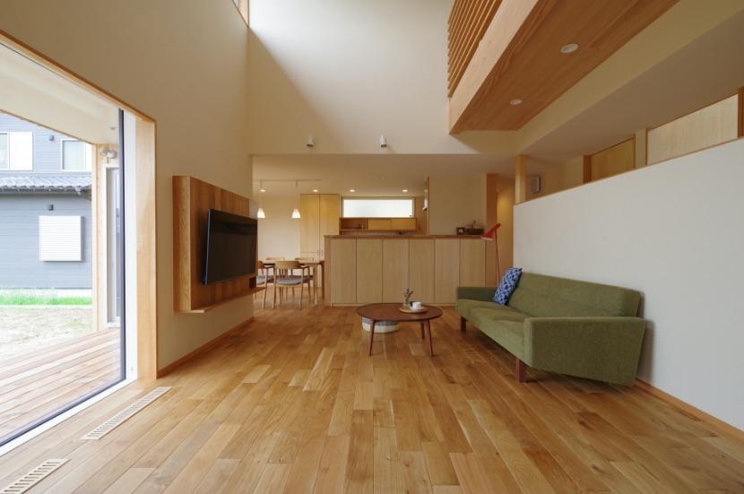 間取、高さ、質感、トータルで考える家の居心地