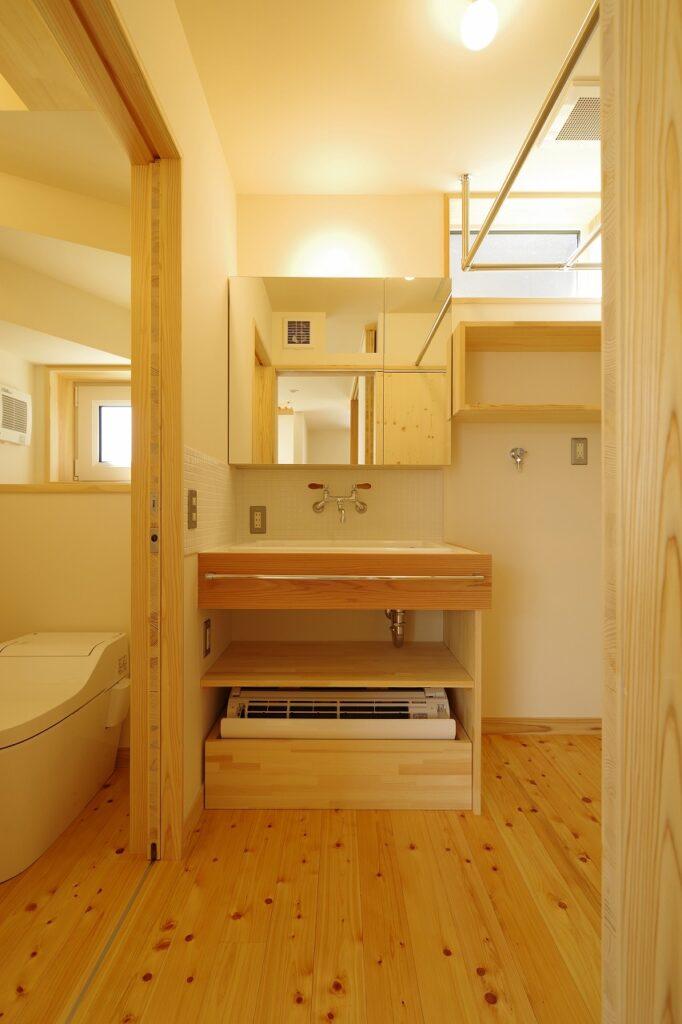 開放的な吹抜けの超高性能住宅